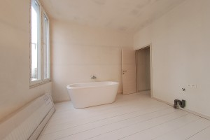 09Bathroom-bathtub